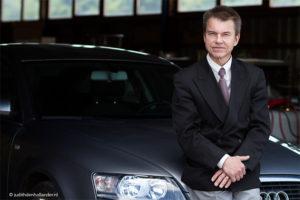 Bedrijfsreportage | Portret van directeur | Zakelijk Portret, gemaakt in het bedrijf | Corporate Portrait | Fotograaf Judith den Hollander