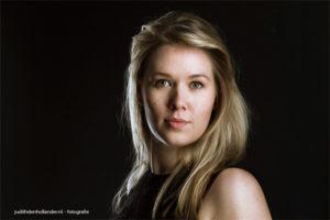 Creatief Low Key Portret | Fine art fotografie Judith den Hollander, werkzaam in Hasselt, Haarlem en Maastricht.