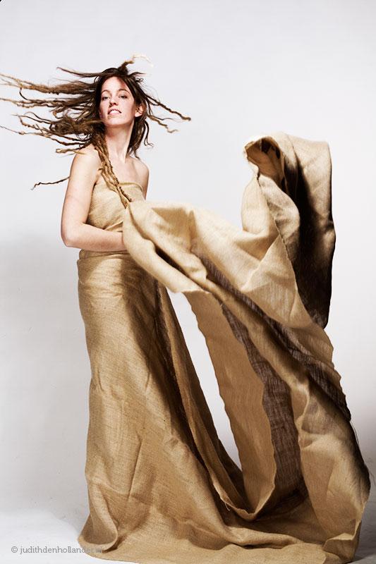 Fashion shoot | Eigentijdse creatieve fotoshoot | fine art fotografie Judith den Hollander.