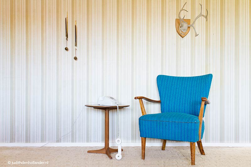 Blue chair, table and telephone | VintageSerie