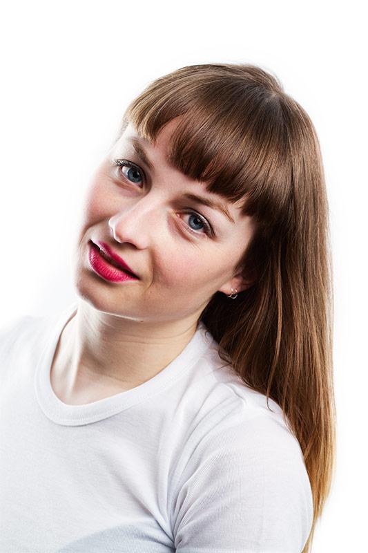 High Key Profielfoto van zangeres | Profile photo | Mooi Portret | Fotografie Judith den Hollander.
