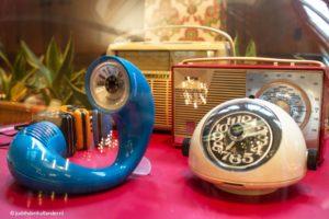 Domein Bokrijk - The Sixties | Vintage wekker, radio, telefoon | bokrijkjudithdenhollander7182