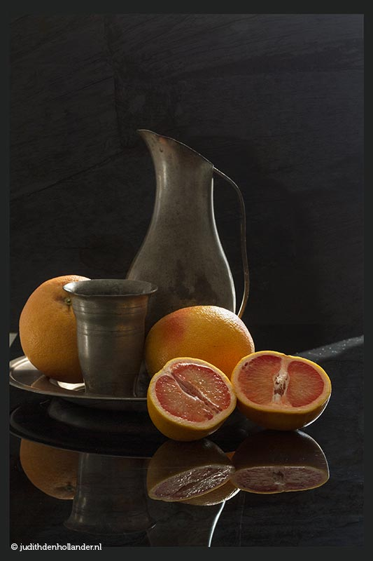 FineArt | Stilleven | Serie Oudhollands 'Grapefruits © JudithdenHollander