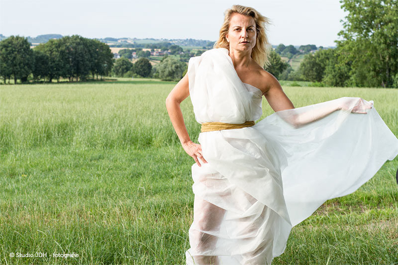 Self assignment | Photoshoot in nature, on location | Model wears a makeshift long white dress made of horticultural fleece. | Fashion flair by Studio JDH, Maastricht.