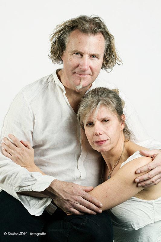 Dubbelportret van een man en vrouw | High Key Stijl | Remake and Tribute | Portretfotograaf J. den Hollander Haarlem, Studio JDH Maastricht.